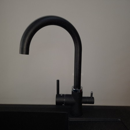 Смеситель Fonte Studio с краном питьевой воды черный